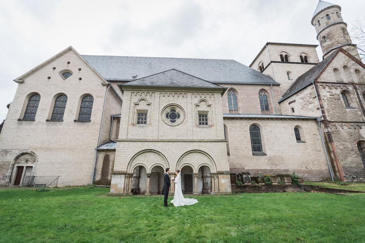 Hochzeitsfotograf Köln Harbour Club New Yorker Paarshooting St. Pantaleonskirche