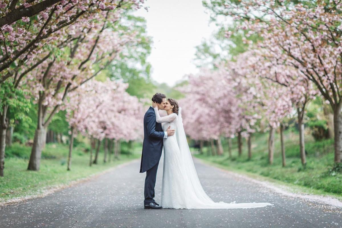 Hochzeitsfotograf Köln Harbour Club New Yorker Kirschblüten Paarshooting